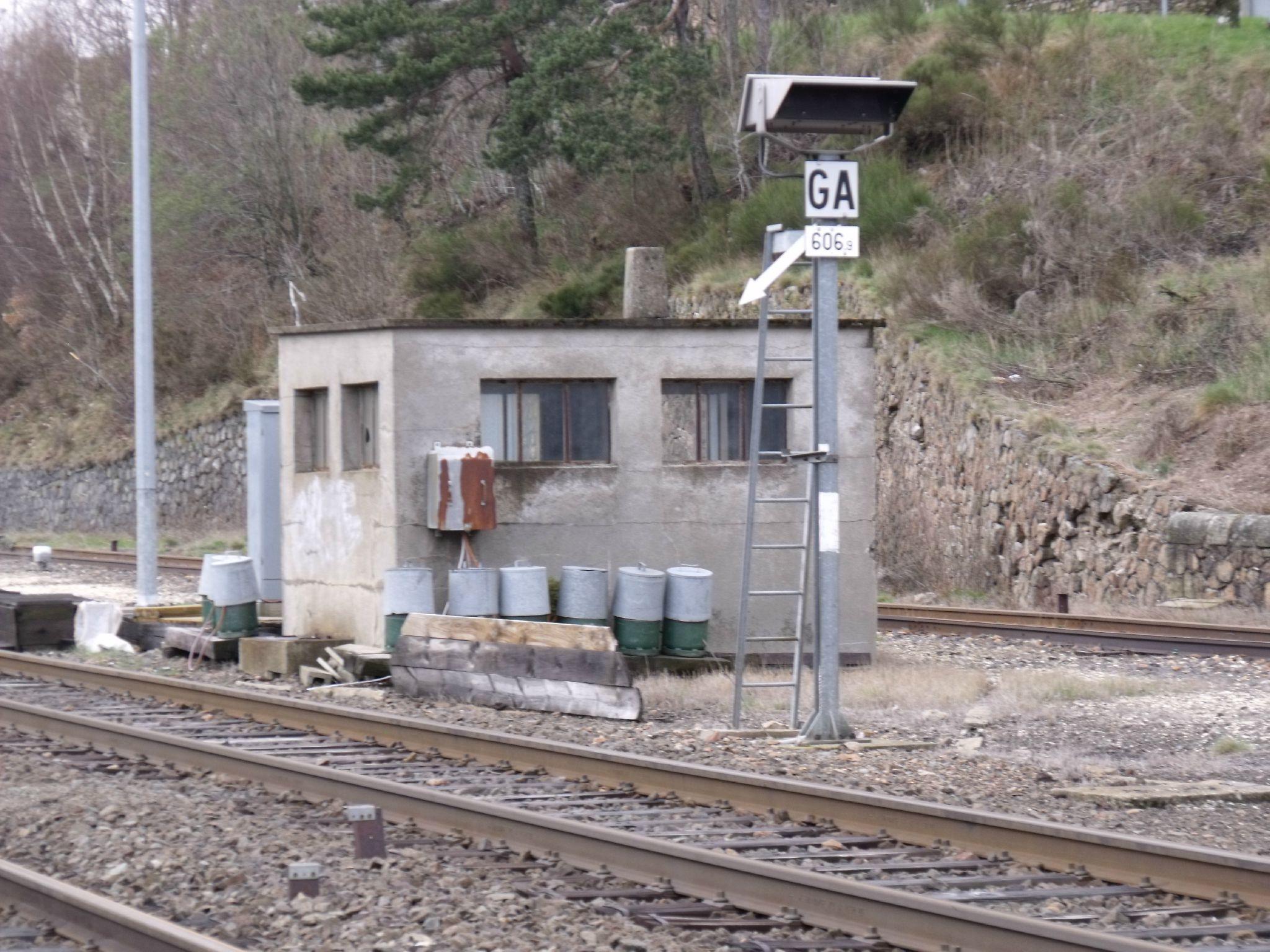 La-Bastide-Saint-Laurent-Les-Bains (Lozère - 48) Poste d'accès au faisceau 1