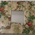 Miroir roses tapisserie
