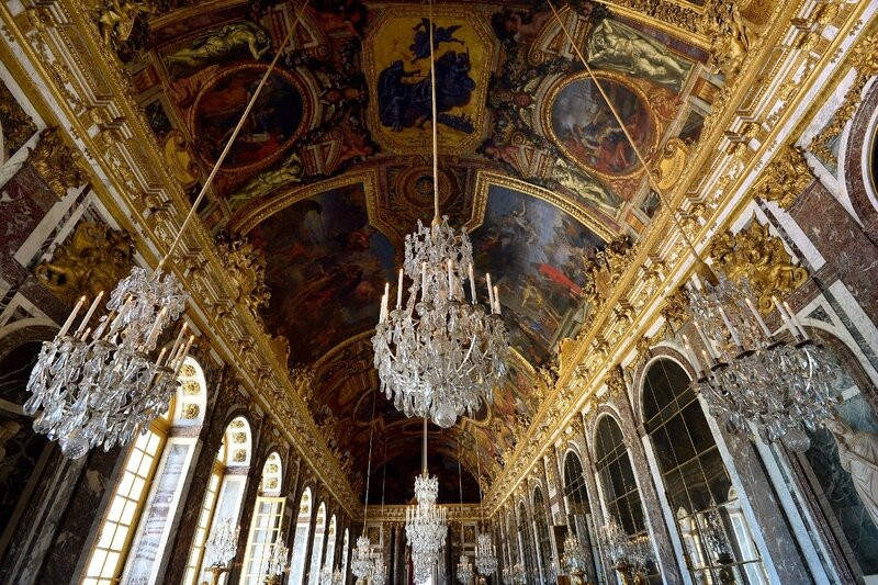 Galerie-glaces-chateau-Versailles-24-2014_3_1398_931