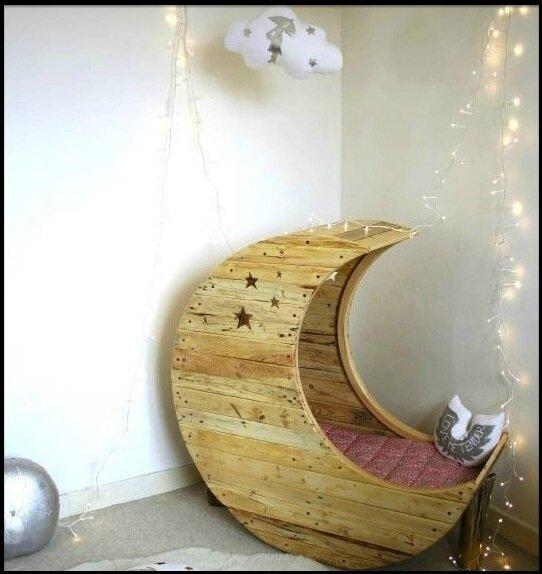 berceau lune cr me anglaise le blog de moon. Black Bedroom Furniture Sets. Home Design Ideas