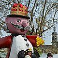 Le Roi Carnaval tient la grue dans sa main ! Espérons que notre cinéma ne coûtera pas