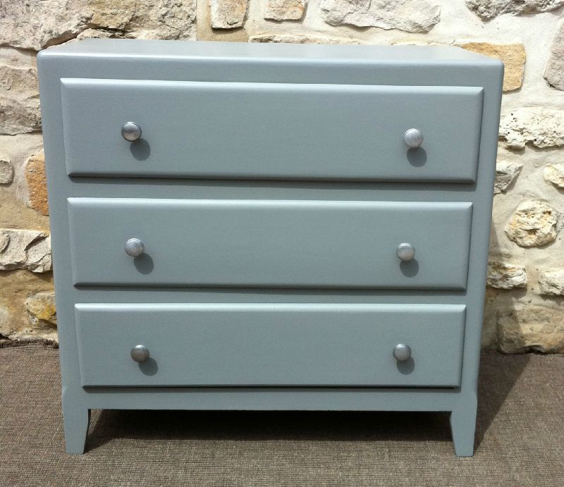 Ancienne commode 3 tiroirs repeinte en gris f b for Meuble repeint en gris