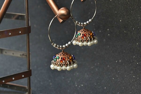 Pandahall Original Project-How to Make Tibetan Pearl and Cabochons Hoop Earrings(2)