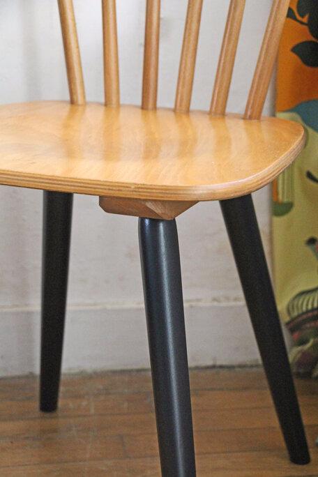 paire-de-chaises-vintage-pied