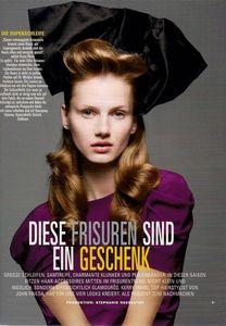 Veronika_German_Glamour_November_2009__3_