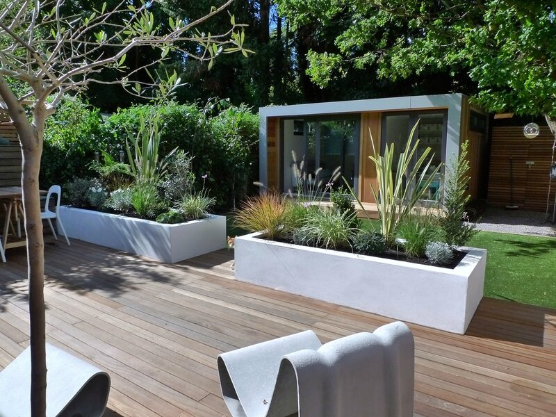 contemporary-garden-amazing-decoration-on-home-gallery-design-ideas