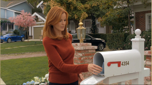 Bree n'a pas de chance avec son courrier!