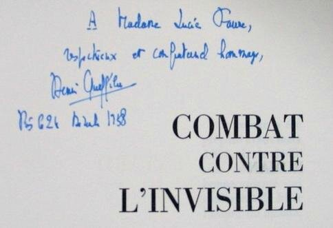Dédicace de combat contre l'invisible