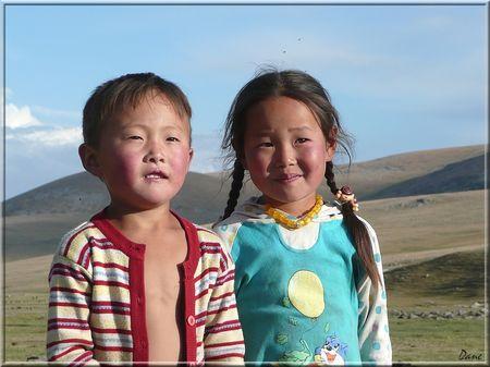 1_mongolie_frere_et_soeur