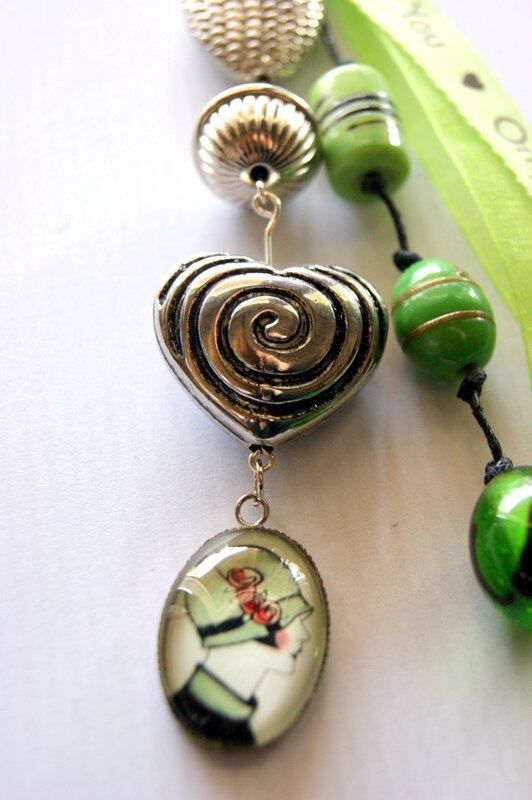 bijou de sac vert détail