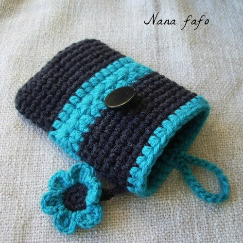 pochette ou tui pour t l phone portable au crochet smartphone et iphone nana fafo crochet. Black Bedroom Furniture Sets. Home Design Ideas