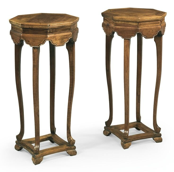 A pair of huanghuali octagonal incense stands (xiangji), Late Ming-Early Qing dynasty, 17th century