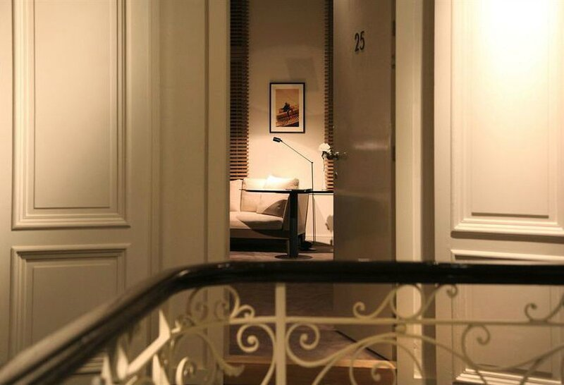 hotel-julien-amberes-000