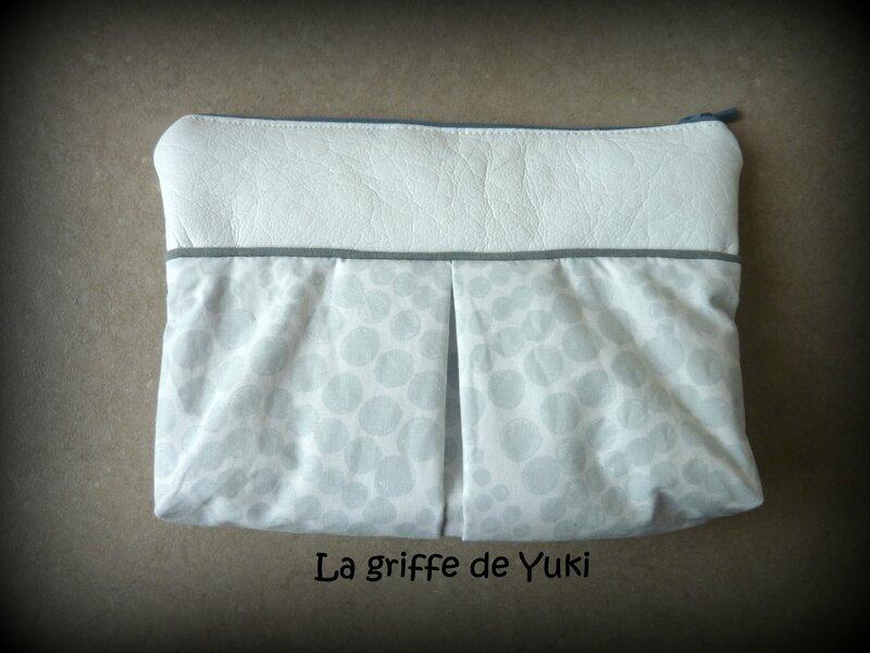 336 - Trousse maquillage blanc et pois gris (2)