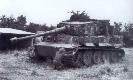 Panzerkampfwagen vi tigre i normandie 1944 l 39 t de la for L interieur du char de vimoutier