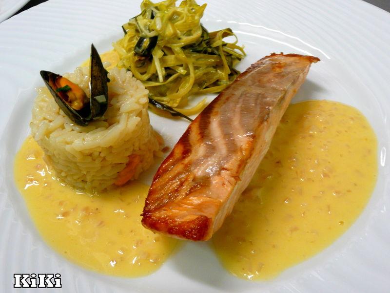 dos de saumon a l 39 unilateral riz pilaf fondue de poireaux chez kiki 2008 2013. Black Bedroom Furniture Sets. Home Design Ideas