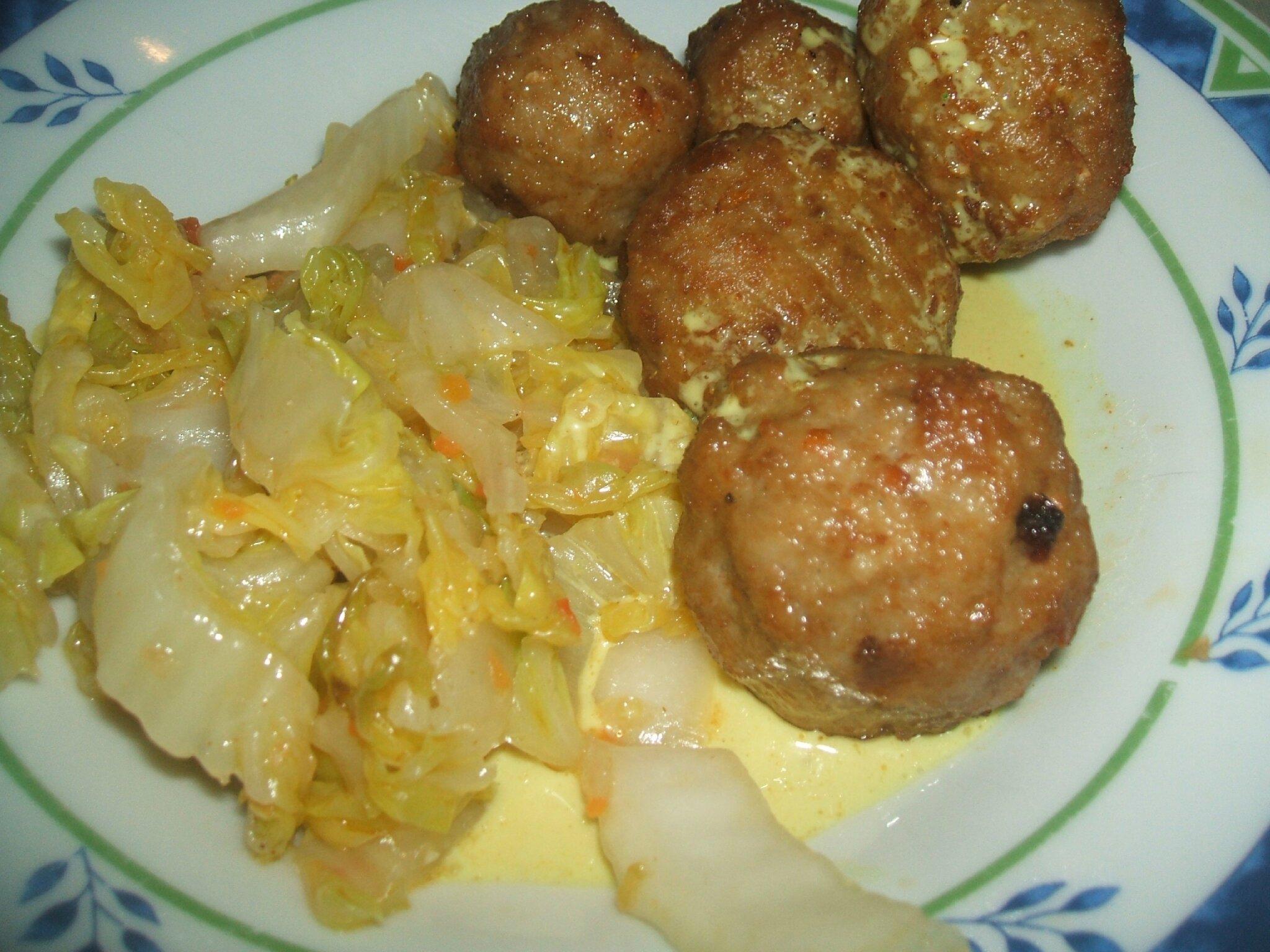 Boulettes de viande au chou chinois peneloppe ou les - Cuisiner du choux chinois ...