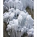 Stalactites et bulles de glace