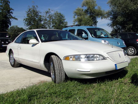 LINCOLN Mark VIII LSC V8 32 valves 1993 1998 Nesles Retro Expo 2010 1