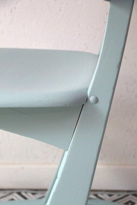 chaise-casala-bleue-detail