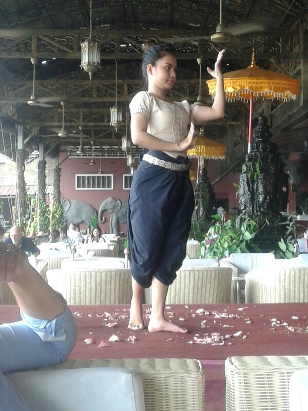 danseur cambodgienne 2