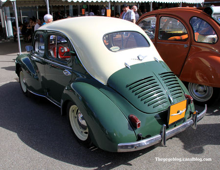 Renault_4_CV_de_1955__7_me_bourse_d__changes_autos_motos_de_Chatenois__02
