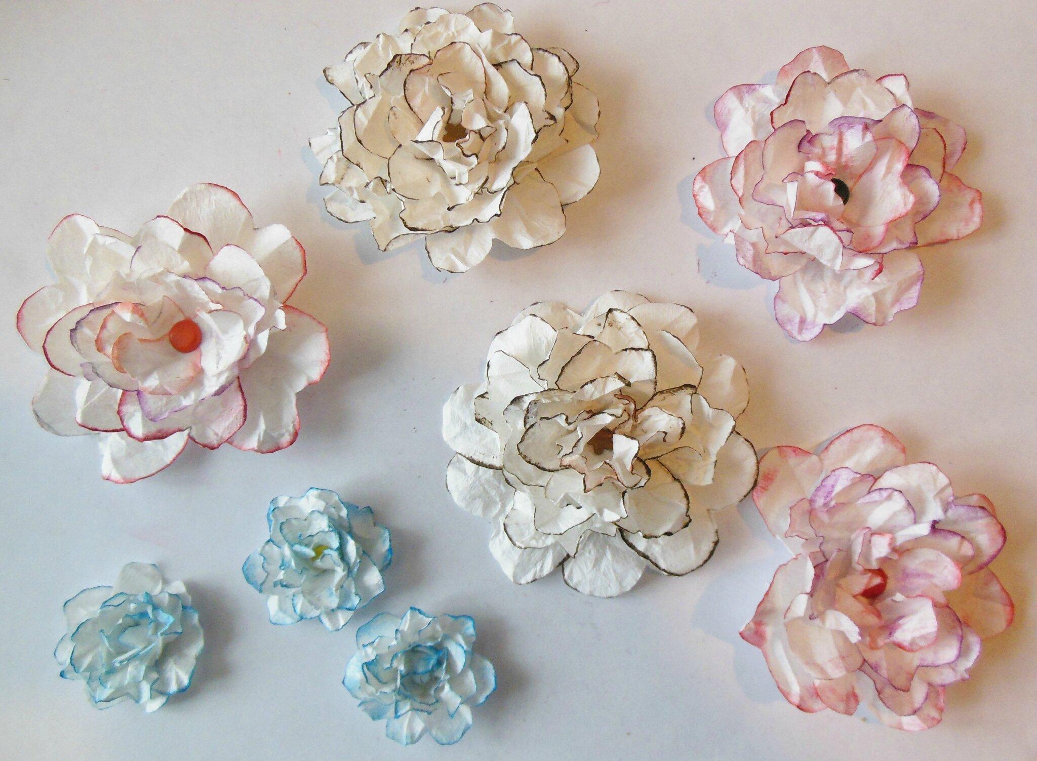 fabriquer des fleurs en tissu fabriquer des fleurs en. Black Bedroom Furniture Sets. Home Design Ideas