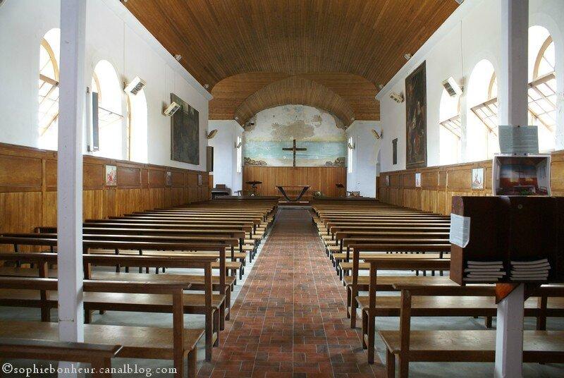 Préfailles chapelle entrée