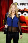 Muppets_World_premiere_Muppets_held_El_Capitan_RO_6p_NoBQTl