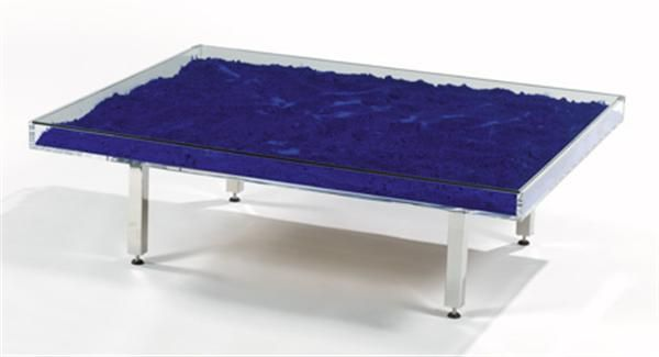 Yves klein 1928 1962 table bleue alain r truong for Table yves klein