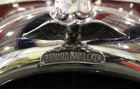Chenard_et_Walcker_type_Y6_de_1930_torpedo__23_me_Salon_Champenois_du_v_hicule_de_collection__02