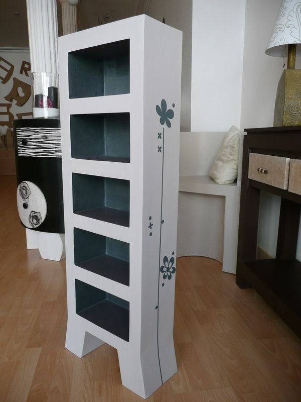 meuble cd en carton photo de meubles en carton by fanny. Black Bedroom Furniture Sets. Home Design Ideas