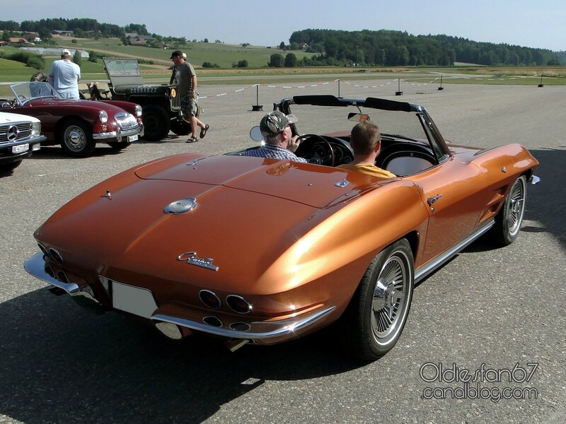 chevrolet-corvette-convertible-1964-b