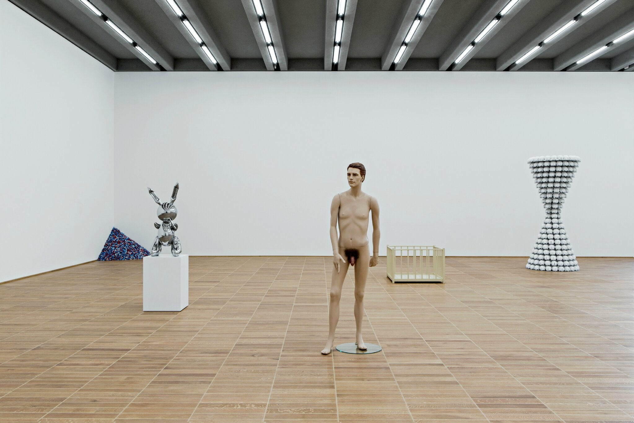 Exhibition focuses on sculpture from the Second World War to the present