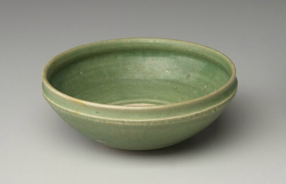 Bowl, Viet Nam, 14th century-15th century, earthenware; crisp potting and good colour and glaze, 5.7 x 15.4 cm? Gift of Dr John Yu and Dr George Soutter 2006, 213.2006. Art Gallery of NewSouth Wales, Sydney (C) Art Gallery of NewSouth Wales, Sydney