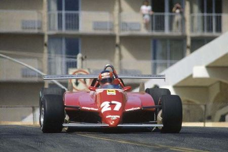 1982_Long_Beach_126_C2_Villeneuve_course_1
