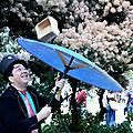 10-Jongleur ombrelle Chalon ds la rue_2240