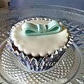 Cupcake noeuds bleu