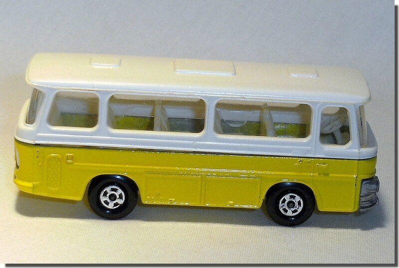 Lesney Matchbox 12 D Bus Setra coach A 4