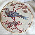 Oiseau brodé sur toile de Jouy - Marimerveille
