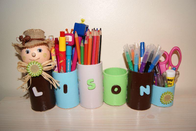 P 39 tits pots crayons en rouleaux de carton d co d 39 enfant - Bricolage pot a crayon facile ...
