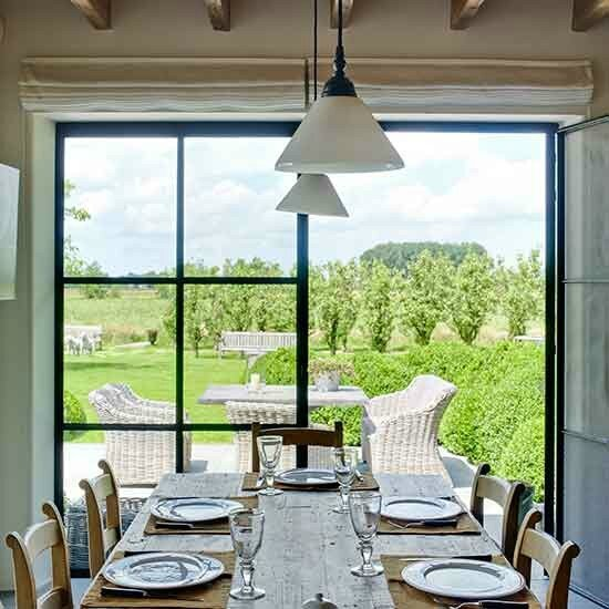 5-Kitchen-table-garden-House-tour-Belgium-Homes--Gardens-Mark-Luscombe-Whyte