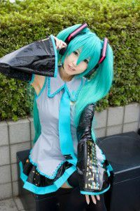 w_hatsune-miku-cosplay