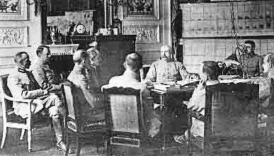 1918 02 10 GQG Compiègne Mal Pétain