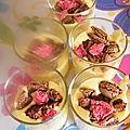 Tiramisu vanillé en duo de macarons