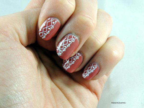 Essence collection vintage District Antique Pink (3)