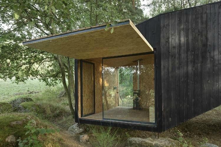 cabane-jardin-moderne-bois-massif-design-minimaliste