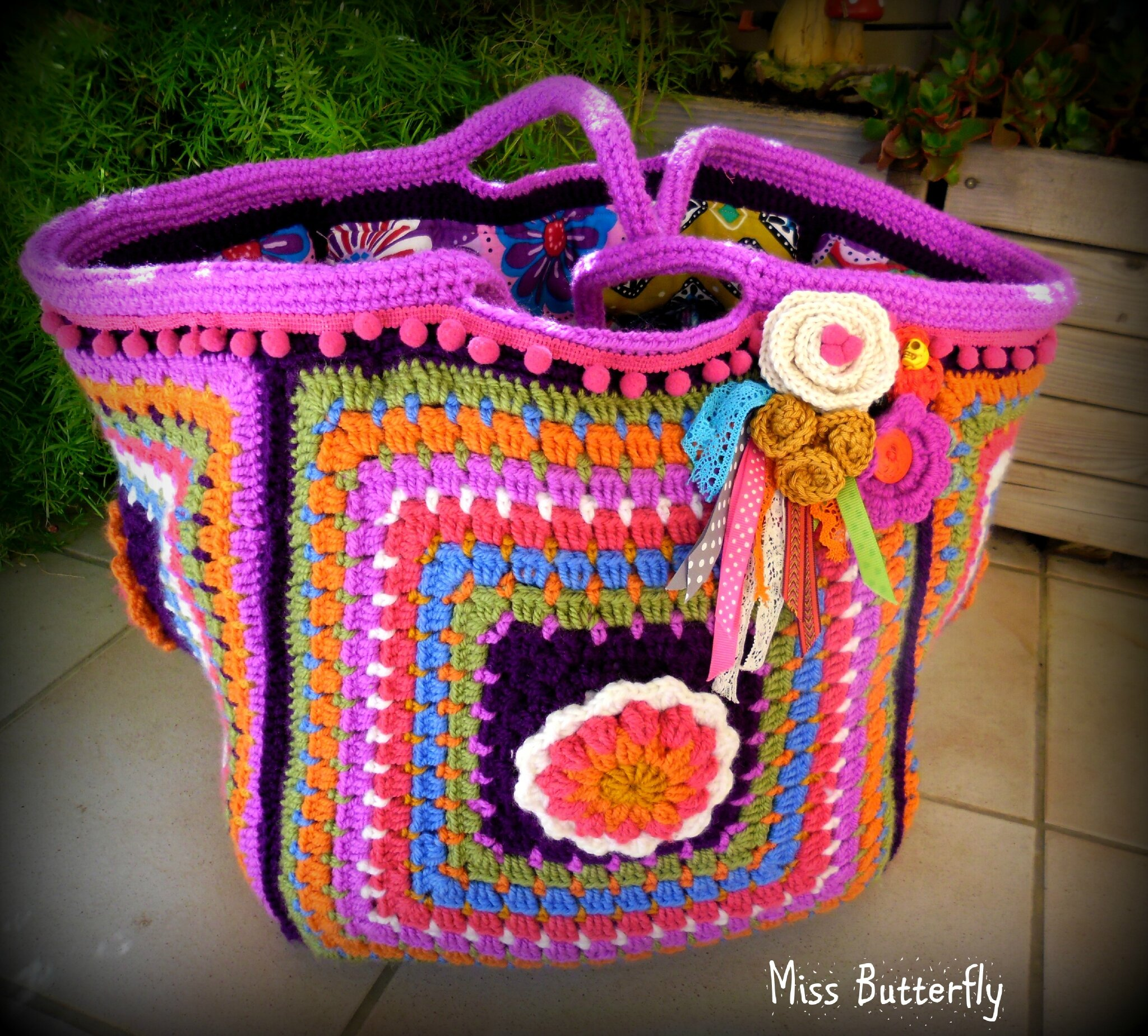 Frida's flowers bag (4)