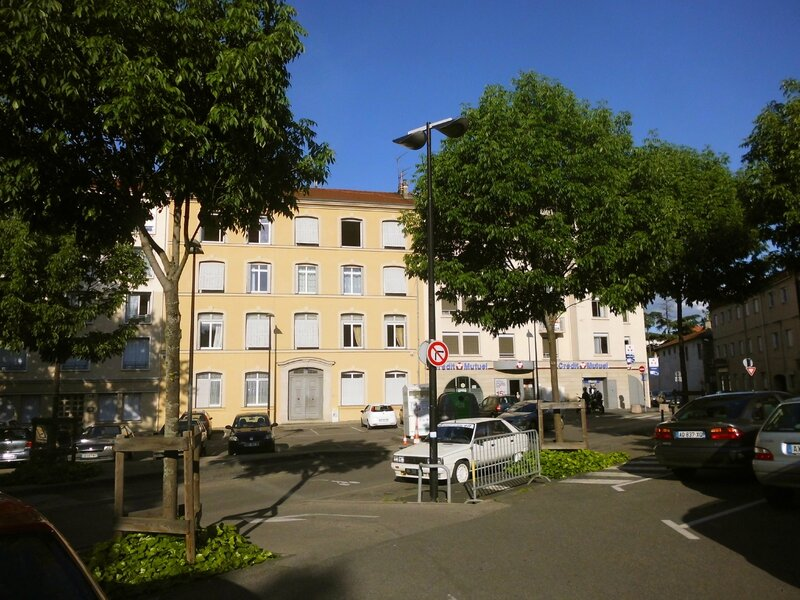 place Saint-Pierre 9 mai 2015 (5)