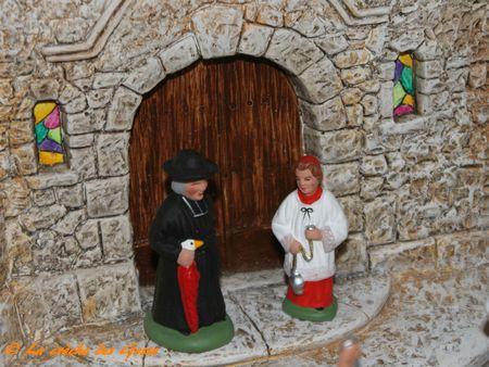 L'église - Le curé et l'enfant de coeur